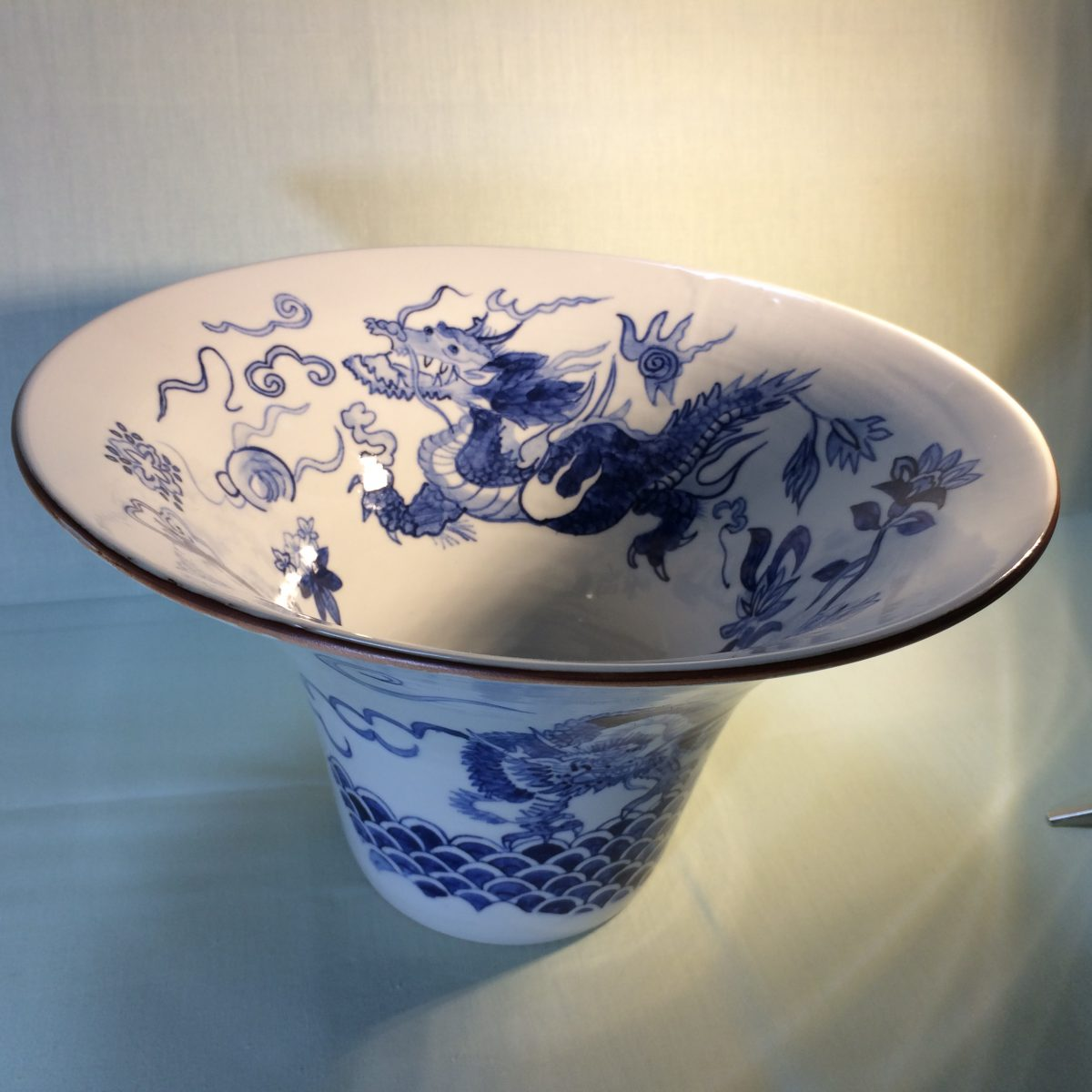 "What's ""Blue and White"" pottery and it's history"